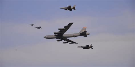 In Response To Nuke Test, Us Flies Nuclear Bomber Over Korea