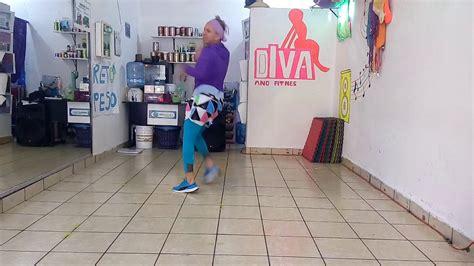 El Rey Tiburon-mana Zumba. Diva