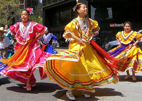 Mexican-American celebration | Traditiooooon,...Tradition ...