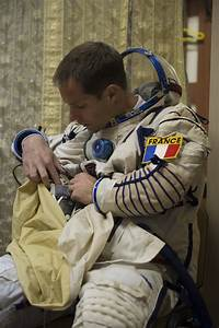 Space in Images - 2014 - 10 - Thomas wearing his Sokol ...