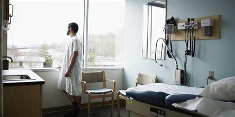 icu patients depression  manifest