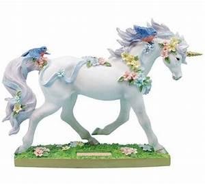Unicorn Figurines - Beautiful Home and Garden Decor