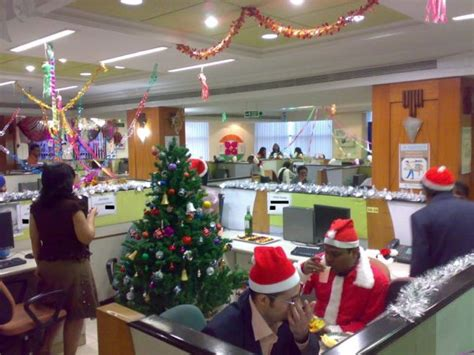 christmas decorations for businesses