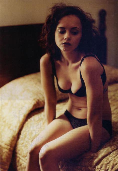 Viggo Mortensen actress christina ricci wiki biography age hot bikini 680 x 987 · jpeg