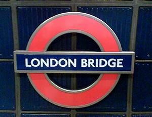 London Bridge Tube Sign | The location of the tube station ...