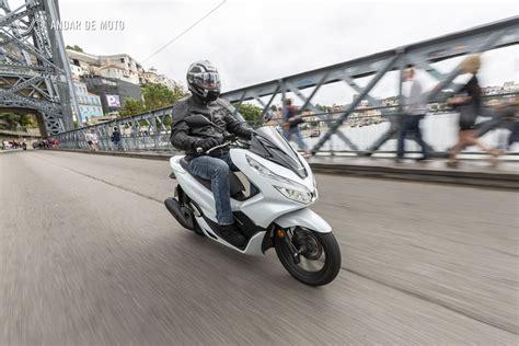 Pcx 2018 Portugal by Teste Honda Pcx 125 2018 De Parar O Tr 226 Nsito Honda