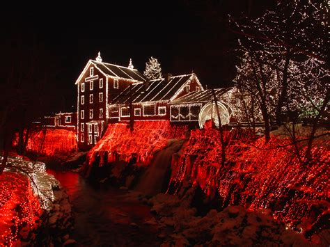 christmas lights in ohio file clifton mill christmas 2005 jpg wikipedia