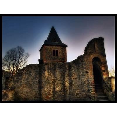 Frankensteins Castle III by Riot23 on DeviantArt
