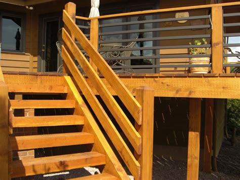 horizontal deck railing embraces  outdoor living