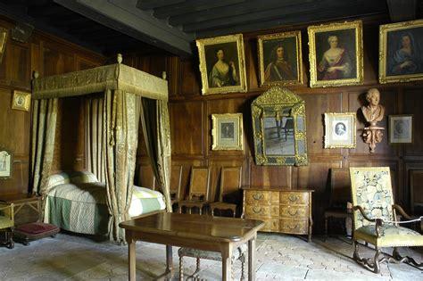 la chambre des morts explications fin édith ouy château de la brède a montesquieu dictionary