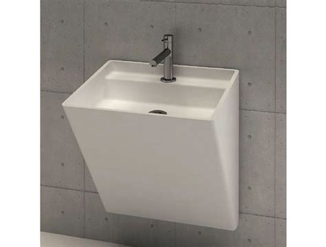 sanitari in corian di masi bathroom wall lavabo sospeso in corian therapy 4