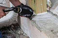 guide  hiring  asbestos abatement company