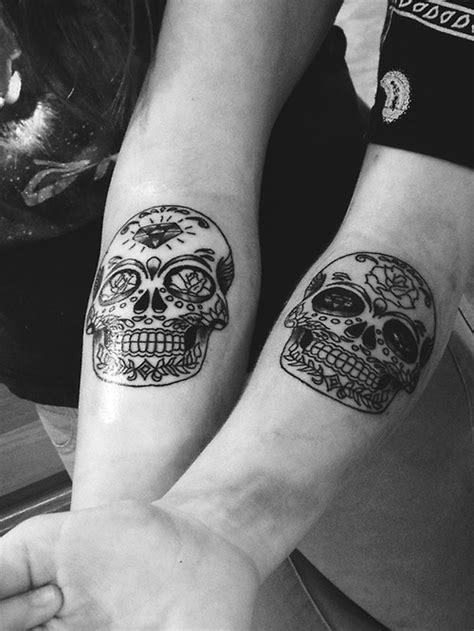 35+ Beautiful Tattoos For Couple – Desiznworld