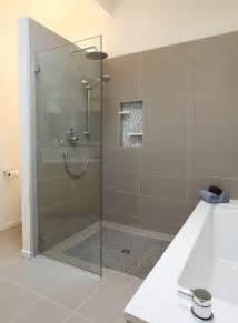 Modern Bathroom Shower Ideas Small But Modern Bathroom Design Ideas