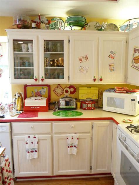 types kitchen cabinets retro kitchen 2 explore kitchens and vintage kitchen 2996