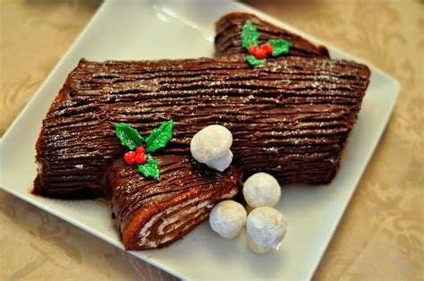 ironiclast the yule log cake