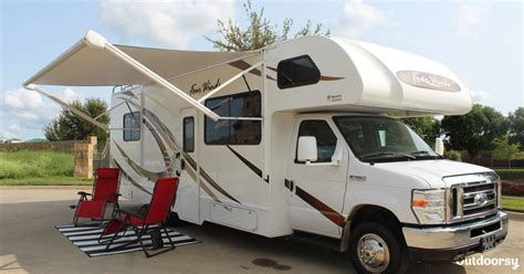 Is state farm, with more than 16% of the personal auto insurance market in 2019, according to the national association of insurance commissioners. 2019 Thor Motor Coach 28A Four Winds 28A Motor Home Class C Rental in Prosper, TX | Outdoorsy