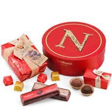 Boite Cadeau Ronde : neuhaus chocolat en ligne pralines livr es domicile ~ Teatrodelosmanantiales.com Idées de Décoration