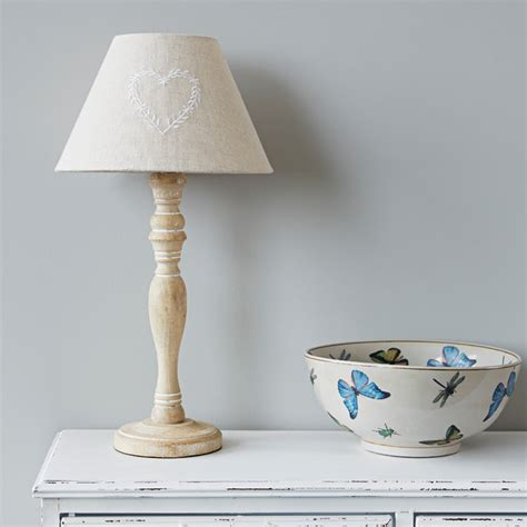 Lamp Shades Design  Country Style Lamp Shades Countries