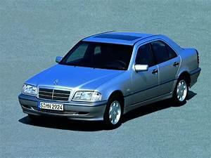 Mercedes Classe C Fiche Technique : fiche technique mercedes classe c 220 cdi classic 1999 la centrale ~ Maxctalentgroup.com Avis de Voitures