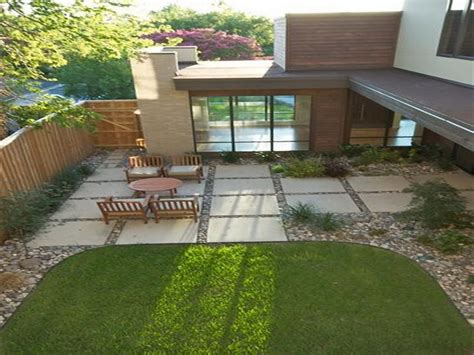 Small Backyard Concrete Patio Designs by Inexpensive Outdoor Patio Ideas Large Square Concrete