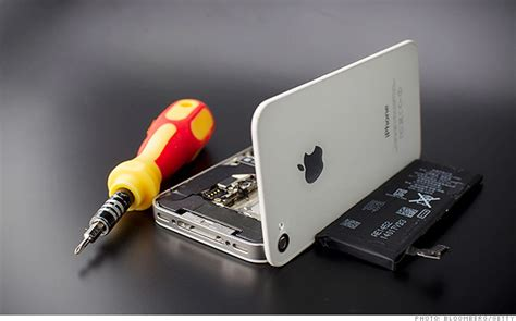 iphone 5 recall apple recalls iphone 5 s for battery woes aug 25 2014