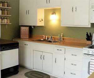 white cabinets green walls photo With what kind of paint to use on kitchen cabinets for word art on walls