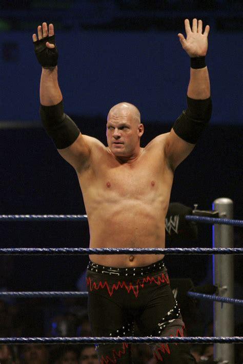 wrestler kane   elected  mayor  tennessee