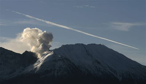 mount st helens recharges its magma stores through quakes