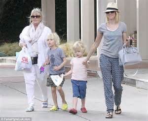 watts wears pajama as she takes sons for a day out at the zoo daily mail