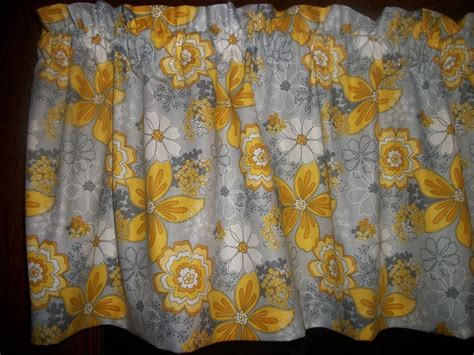yellow floral drapes gray yellow flower floral baby s breath retro bedroom