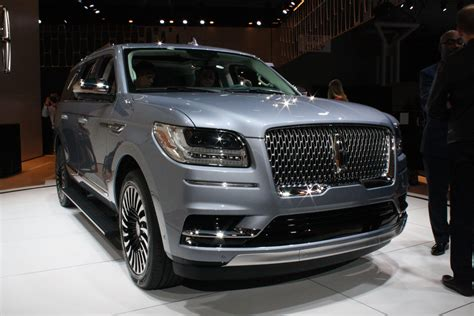 Luxury Suv Reviews by Luxury Large Suv New Used Car Reviews 2018