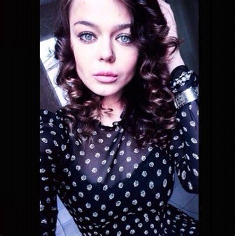 Alina grosu @grosu_a 13 окт. Алина Гросу примеряла женственный образ — Feme.ua