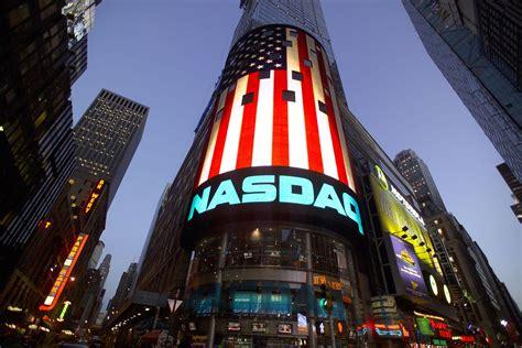 NASDAQ Stock Market Opens to Sound of a Bell Rung by 3D ...