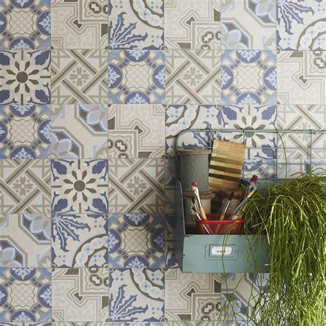 carreaux ciment cuisine papier peint intissé patch de mosaique bleu leroy merlin