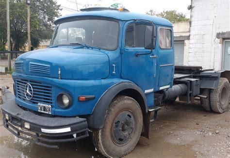 camion mercedes 1114 con semi mercado vial argentina