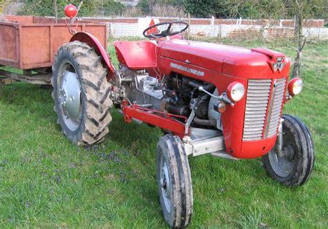 bureau de change ile de troc echange tracteur massey ferguson 825 de 1961 sur