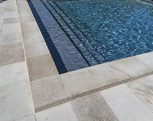 Margelle Piscine Grise : swimming pools swimming pools magiline ~ Melissatoandfro.com Idées de Décoration