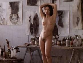Nackt  Sheila Frazier Rihanna Naked