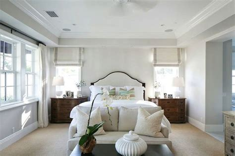 Bedroom Paint Ideas Ireland by Decorating The Bedroom In Traditional Style