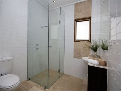 Bathroom Design Ideas This is clever because I always wish I could rinse off the bubbles better