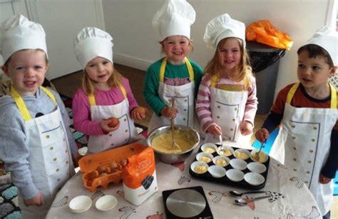 preschool children look to cook in portishead 916   image