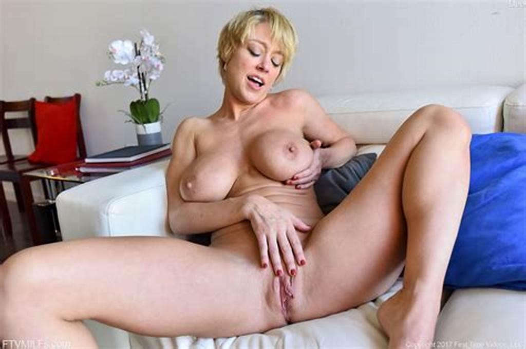 #Short #Hair #Blonde #Dee #Spreads #Open #Her #Pink #Milf #Pussy