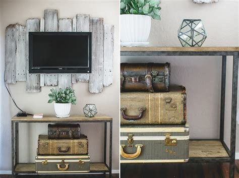 Decorating Ideas For Wall Mounted Tv by 10 Tips For Decorating Around Your Mounted Tv