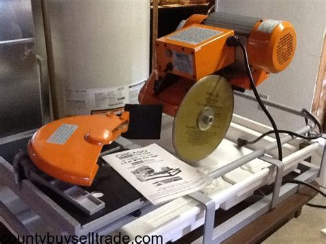 Chicago Electric Tile Saw Blade by Chicago Electric 2 5 Hp 10 Quot Tile Saw W Pvc Tray Arnold