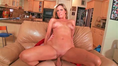 Amazing Milf Jodi With Big Tits And Old Pussy Gets Fucked Hard
