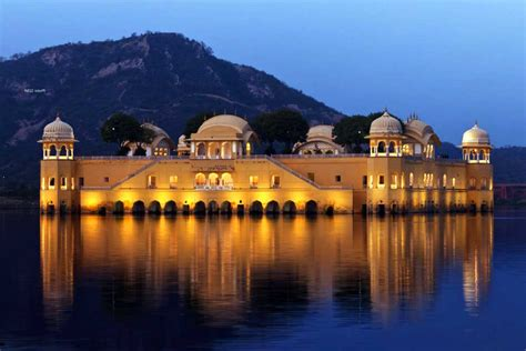 top  tourist destinations  jaipur indiavisitonlinein