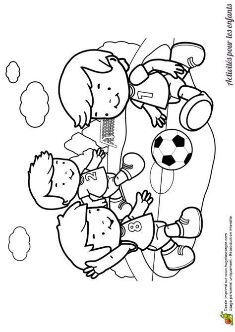 coloriage de cuisine coloriage d enfants jouant au hugolescargot com