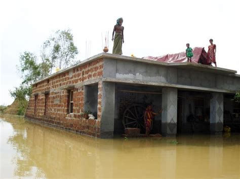 Boat Care In Odisha by Indian Cross Society Dealing With Floods In The