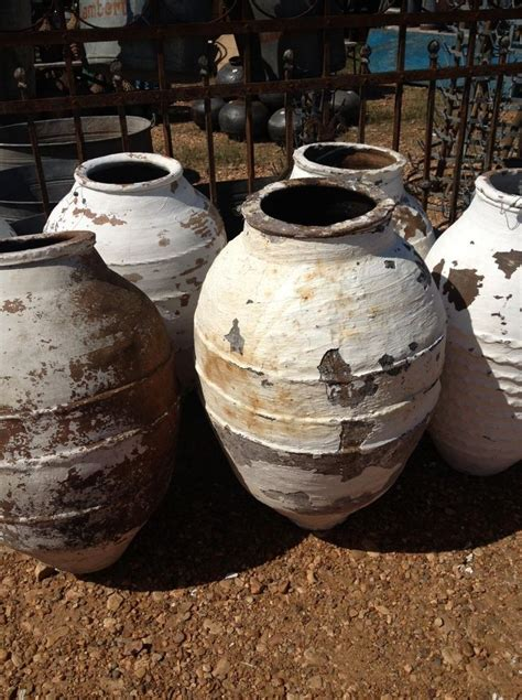 olive jar planters images  pinterest pottery